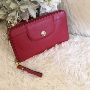 💥 Longchamp Leather Wallet 💥